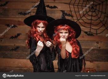 depositphotos_189623366-stock-photo-halloween-concept-beautiful-caucasian-mother.jpg
